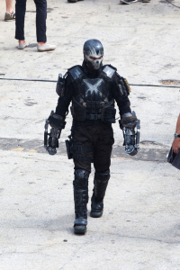 crossbones-on-set-05162015
